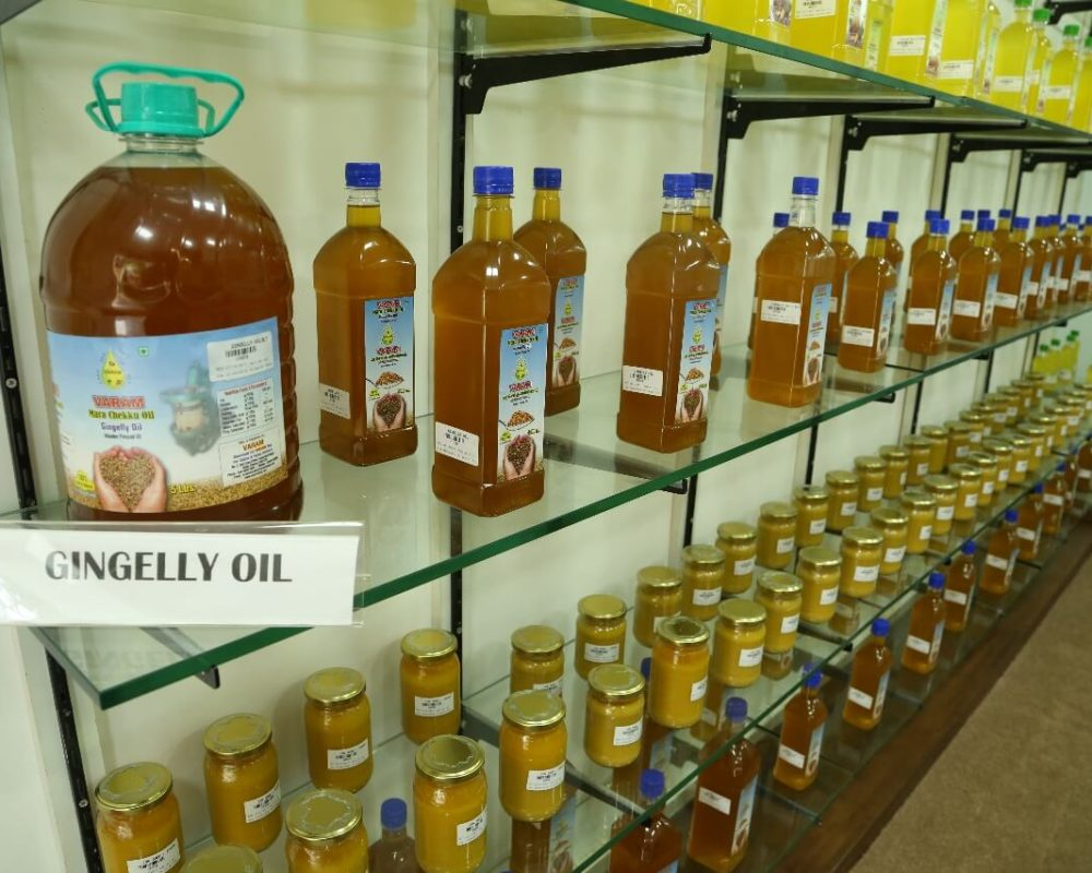 varam cold pressed oil - gingelly oil :Wood Pressed Oil,buy cold pressed oil,buy online in Chennai,chekku oil in Chennai,Buy Cold Pressed Oil in Chennai,chekku oil,marachekku ennai,marachekku oil,chekku ennai,Cold